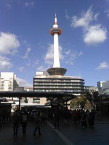 京都タワー・昼